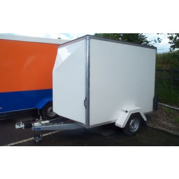 8' X 5' Blueline Box Trailer (1300kg)
